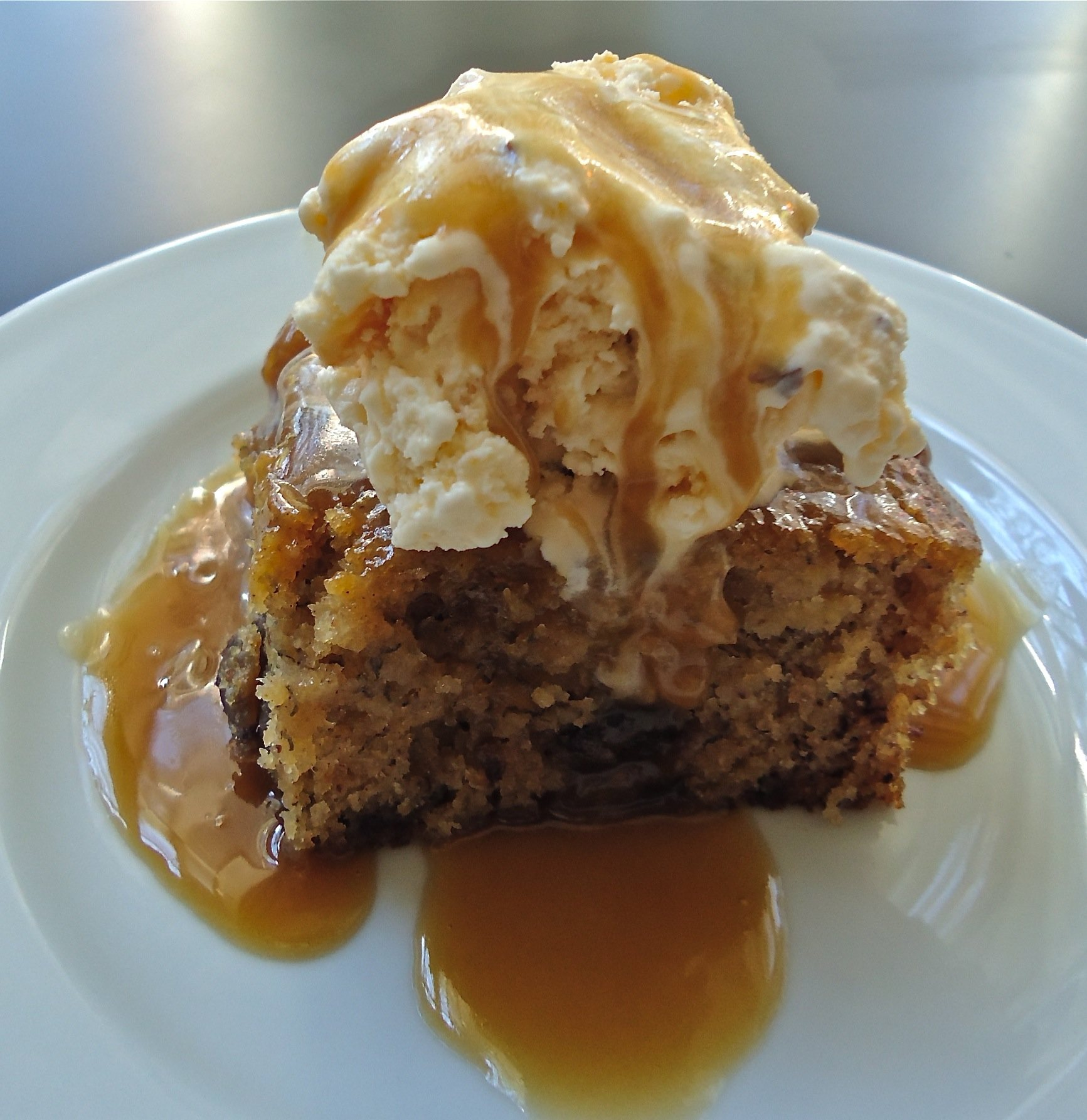 Another shot of the finished sticky toffee banana pudding. Yummy!