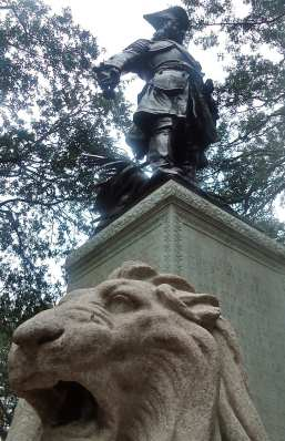 James Oglethorpe's statue at Chippewa Square.