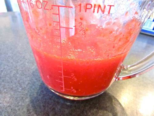 "The fresh strawberry puree - there should not be any ""chunks"" but you should recognize it as strawberry."