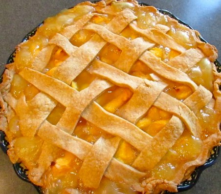 Here we go! Right out the oven and wow it smells good. It's tempting to dig right in, but be warned... slicing a hot or warm pie equals a runny pie. If you do not care, I say go for it! Otherwise, allow to cool almost completely (or refrigerate) before slicing.